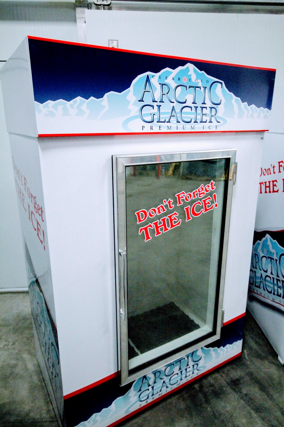 Glass freezer 40