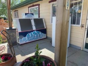 ice store-get ice in saskatoon
